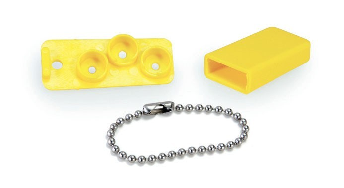 BATTERY HOLDERS WITH CHAINS